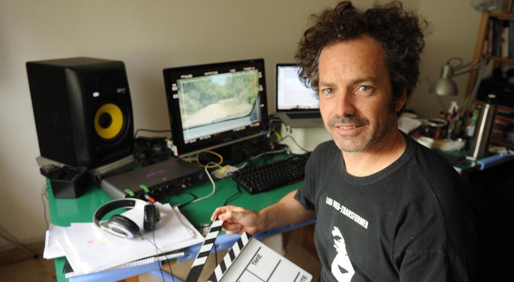 Martín Sappia, premiado en Chile por el montaje del documental «Venían a Buscarme»